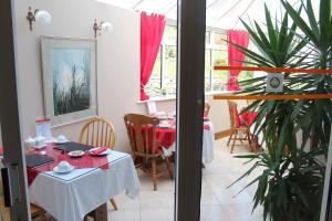 Bolands B&B, Bed and Breakfasts  Dingle - big - 67