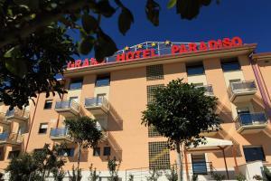 Grand Hotel Paradiso, Hotely  Catanzaro Lido - big - 97