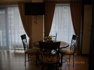 Centro apartamentai - Vingio apartamentai, Apartments  Vilnius - big - 16