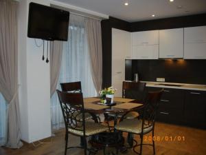 Centro apartamentai - Vingio apartamentai, Apartments  Vilnius - big - 18