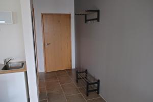 Bergás Guesthouse, Гостевые дома  Кефлавик - big - 14