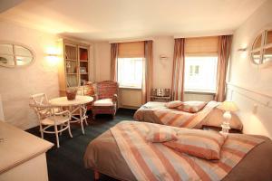 Residentie De Laurier, Гостевые дома  Кнокке-Хейст - big - 15