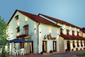 Hotel La Venerie, Hotely  Virton - big - 21