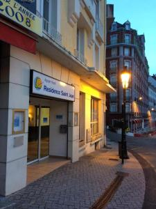 Appart'hôtel Saint Jean, Apartmanhotelek  Lourdes - big - 48