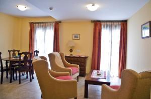 Apartamentos Turísticos Casa de La Borrega, Appartamenti  Estepona - big - 2