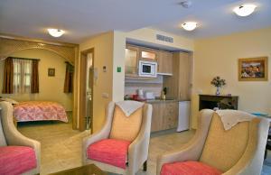 Apartamentos Turísticos Casa de La Borrega, Appartamenti  Estepona - big - 13