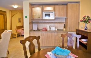 Apartamentos Turísticos Casa de La Borrega, Appartamenti  Estepona - big - 12