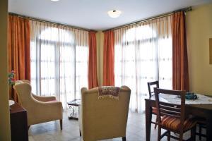 Apartamentos Turísticos Casa de La Borrega, Appartamenti  Estepona - big - 11