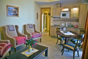 Apartamentos Turísticos Casa de La Borrega, Appartamenti  Estepona - big - 8