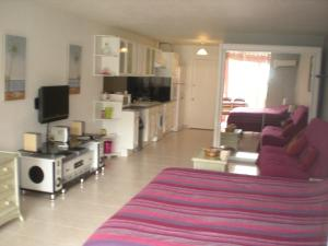 Studio 27 Orient Bay, Apartmány  Orient Bay - big - 52