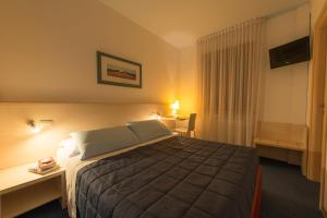 Hotel Erika, Hotely  Malcesine - big - 7