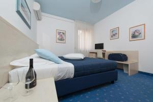 Hotel Erika, Hotely  Malcesine - big - 12