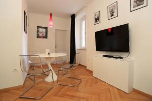 Apartment Crown Rental, Ferienwohnungen  Zadar - big - 2