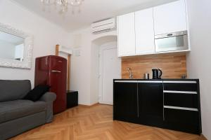 Apartment Crown Rental, Ferienwohnungen  Zadar - big - 4