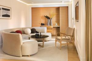 Hotel Marignan Champs-Elysées, Отели  Париж - big - 40