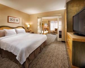 Two-Bedroom Kid's Suite