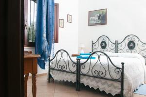 Il Vecchioliveto di Ornella, Bed & Breakfasts  Marrùbiu - big - 14