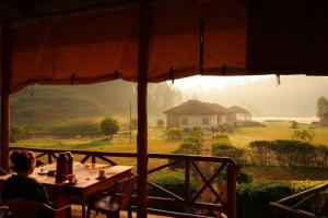 Lake Chahafi Resort, Luxury tents  Kisoro - big - 6