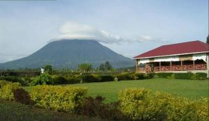 Lake Chahafi Resort, Luxury tents  Kisoro - big - 24