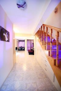 Sintria Court Premium, Art-Maisonettes & Panoramic Roof, Ferienwohnungen  Balchik - big - 41