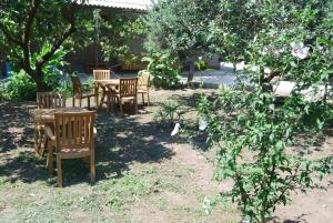 U Rafa Guest House, Guest houses  Pizunda - big - 62