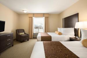 Efficiency Queen Room with Two Queen Beds - Non-Smoking
