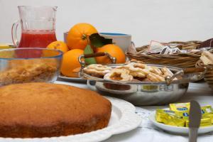 Il Vecchioliveto di Ornella, Bed & Breakfasts  Marrùbiu - big - 35