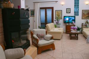 Il Vecchioliveto di Ornella, Bed & Breakfasts  Marrùbiu - big - 36