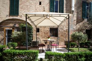 Piazza Paradiso Accommodation, Affittacamere  Siena - big - 7