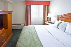 Holiday Inn Port St. Lucie, Отели  Порт-Сейнт-Луси - big - 2