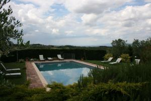 Villa Il Poggiarone, Villas  Montepulciano - big - 1