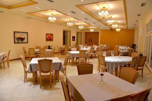 Grand White City Hotel, Отели  Берат - big - 46