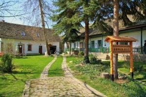 Árpád Ház