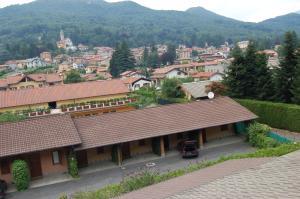 Hotel 3 stelle vicino a Casa di Cura Le Terrazze, Cunardo - Hotel in ...