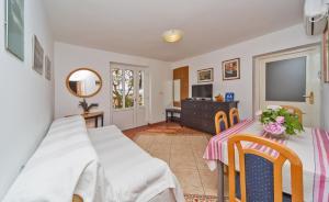 Apartments Jelen, Apartmanok  Dubrovnik - big - 44