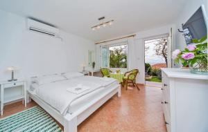 Apartments Jelen, Apartmanok  Dubrovnik - big - 11