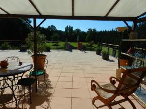 Chambre Hote Jacoulot, Penziony  Romanèche-Thorins - big - 9
