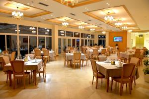 Grand White City Hotel, Отели  Берат - big - 47