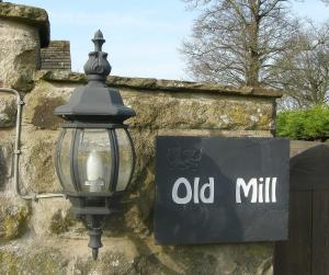 B and B at Old Mill