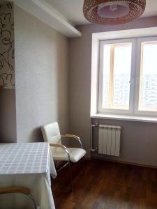 Apartment Zvezdova, Apartmanok  Omszk - big - 17