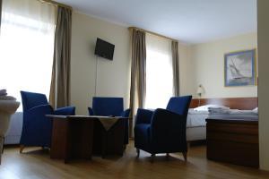 Apartamenty Pod Lwem, Гостевые дома  Свидница - big - 29