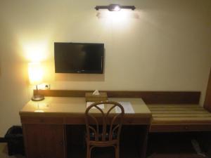 Losari Beach Inn, Отели  Макасар - big - 5