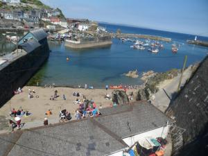 Wild Air Guest House, Bed & Breakfast  Mevagissey - big - 17