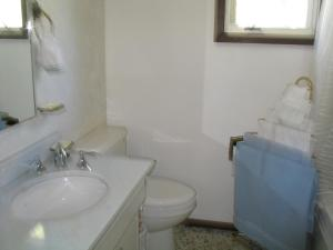 A Wildwood Rose Vacation Rental, Villas  Kelowna - big - 5