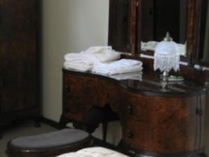 A Wildwood Rose Vacation Rental, Villas  Kelowna - big - 4