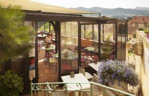 Boutique Hotel - Hostellerie Berard et Spa, Szállodák  La Cadière-d'Azur - big - 42