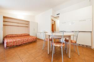 Club Hotel e Residence La Vela, Szállodák  Nago-Torbole - big - 21