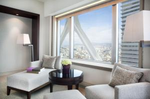 Club Double or Twin Room with Executive Lounge Access