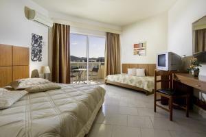 Lyristis Studios & Apartments, Апарт-отели  Фалираки - big - 6