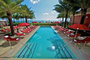 Acqualina Resort & Spa on the Beach (10 of 36)